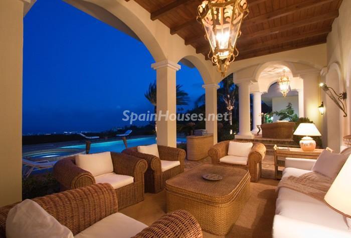453 - Beautiful Villa for Sale in Benahavís, Málaga