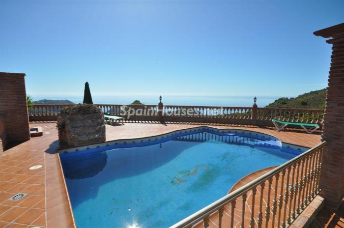 454 - Holiday rental detached villa in Nerja (Málaga)
