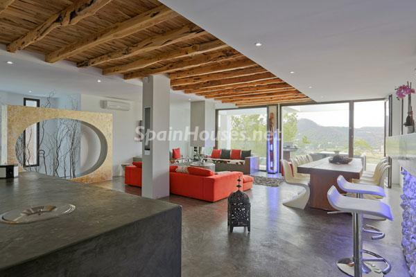 46 - Amazing Modern House for Sale in Ibiza (Baleares)