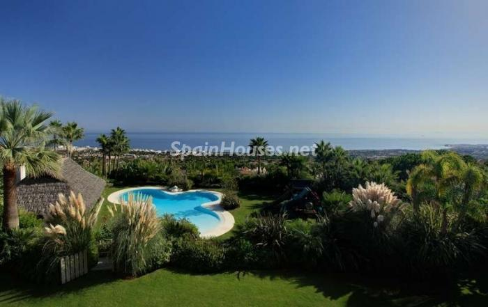 46353 1047421 foto 3 - Outstanding Villa for sale in Marbella, Málaga