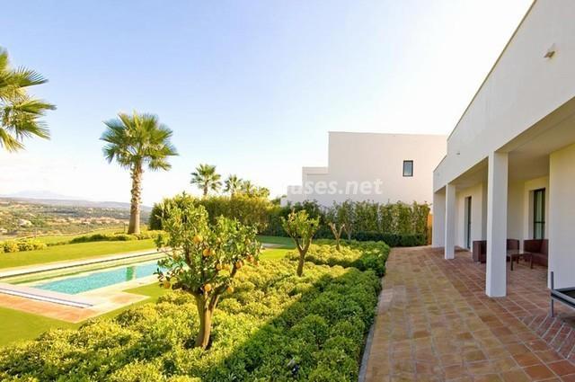 46353 924705 foto 7 - Modern Mediterranean Style: Villa in Sotogrande, Cádiz