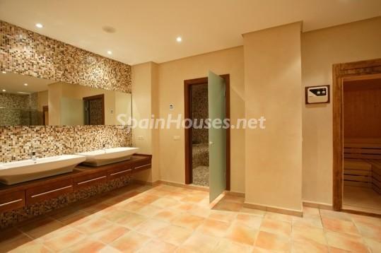 46353 942012 foto 7 - Beautiful Villa for sale in San Roque (Cádiz)