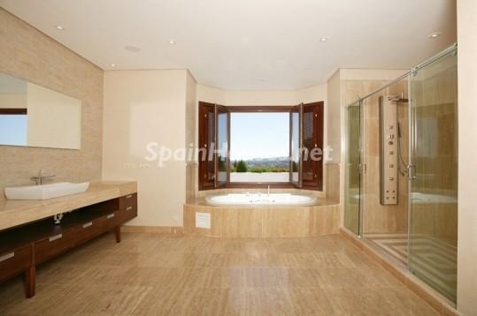 46353 942012 foto 8 - Beautiful Villa for sale in San Roque (Cádiz)