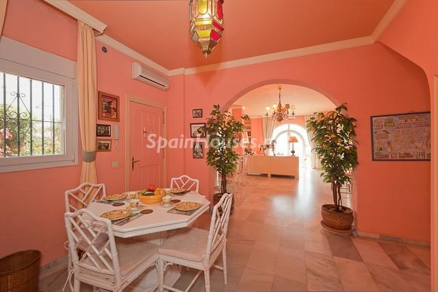 46353 956171 foto 3 - Colorful home with great views to the sea in Estepona (Málaga)