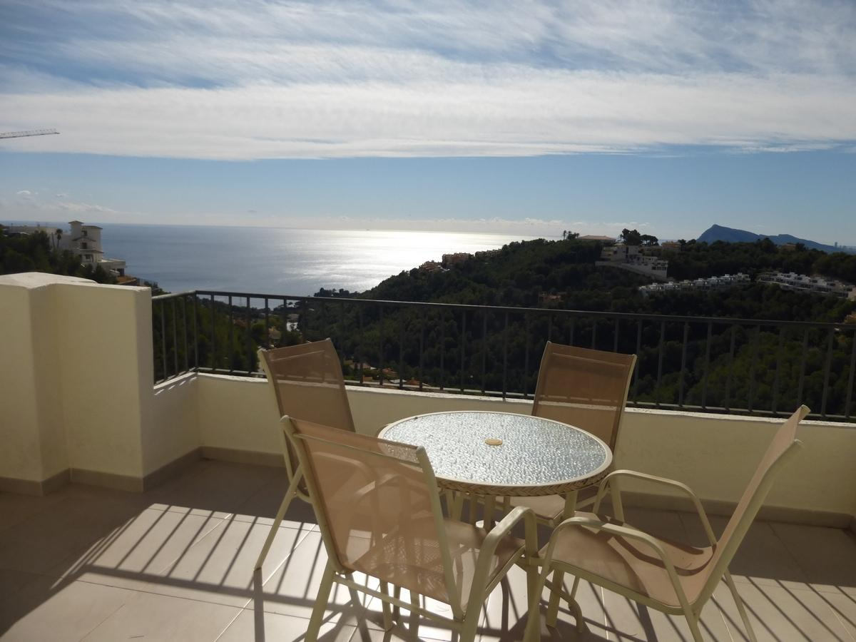 46920 3071837 foto 543286 - Altea Hills: Discover this penthouse of modern structure and luxurious design with sea views in Costa Blanca (Alicante)