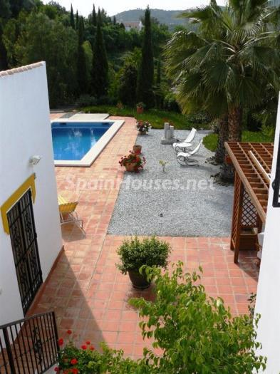 48747 1197443 foto24928967 - Lovely Country Style Villa for Sale in Torrox (Malaga)