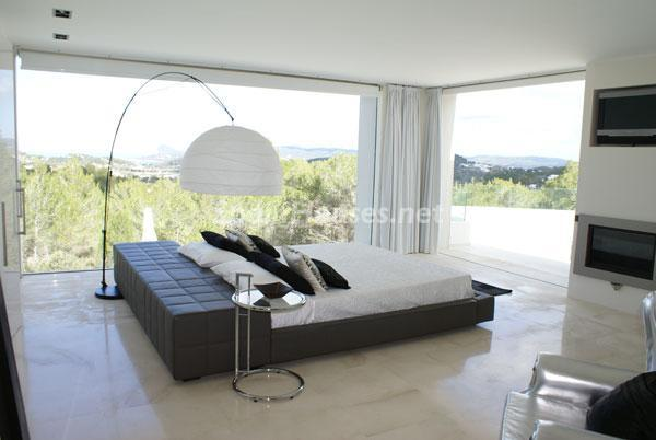 49 - Luxury Minimalist Villa for Sale in Ibiza (Baleares)
