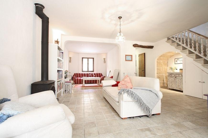 49494 2084886 foto 135303 - Find out the charm of this traditional Mallorcan house in Pollença, Balearic Islands