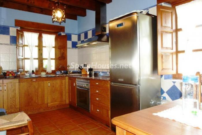 49496 914887 foto 101 - Amazing rustic house for sale in Cantabria