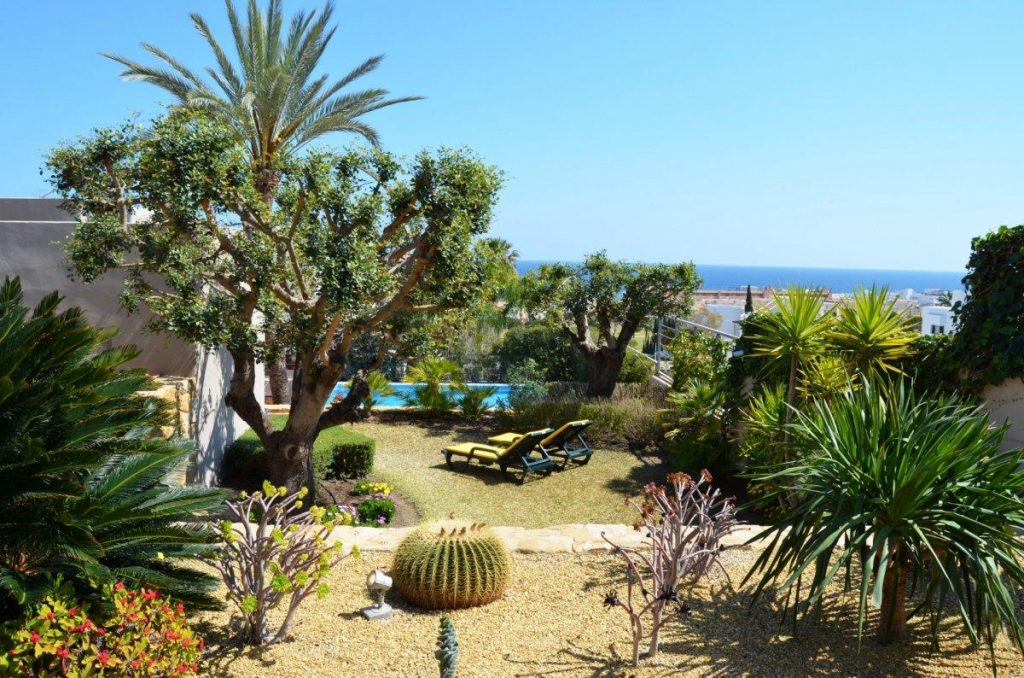 49702 2914632 foto 917737 1024x678 - Golf, beach and privileged views in a villa in the east of Almeria (Mojacar, Almeria)