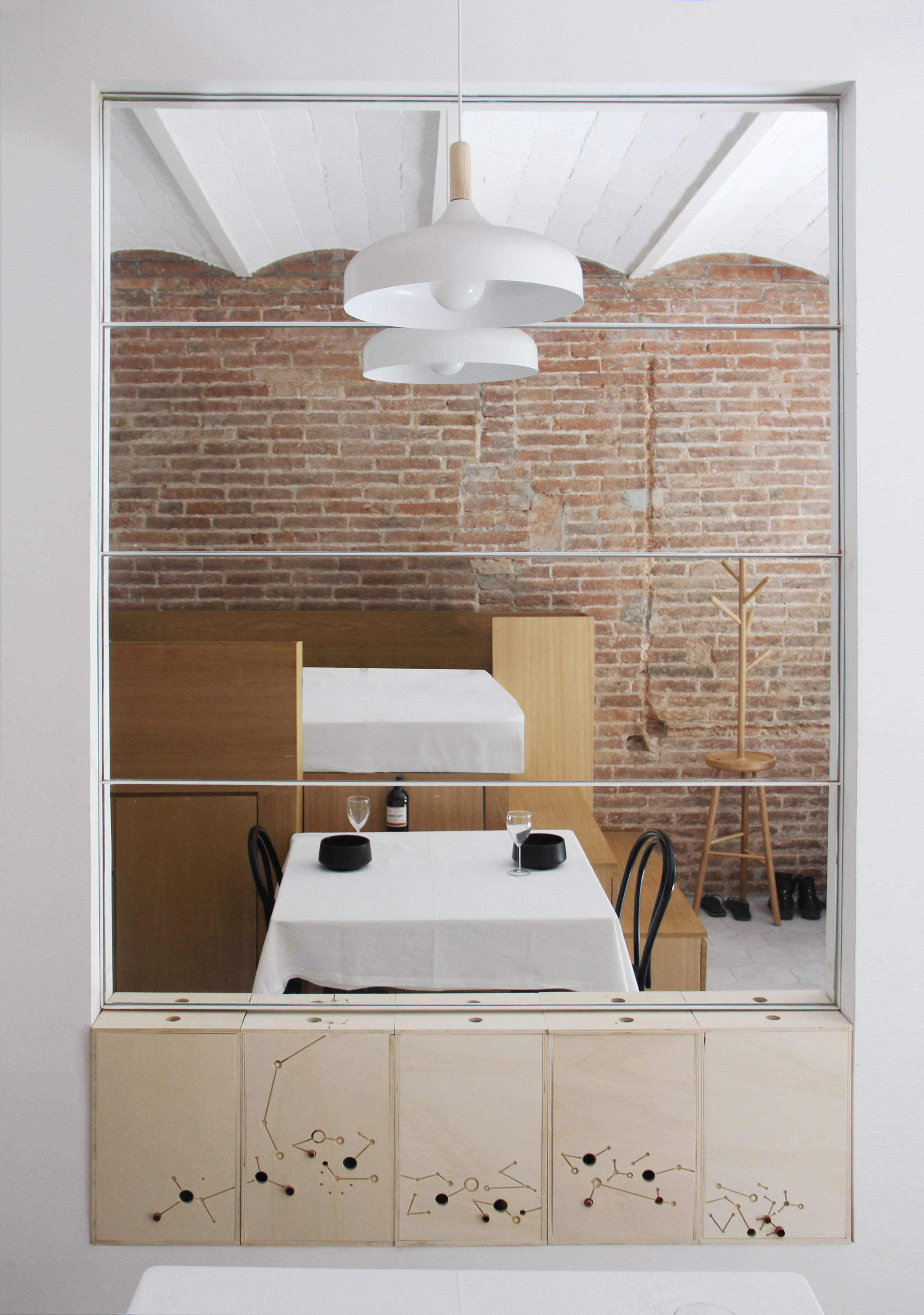 5. A 25 square metre apartment in Barcelona by Naimi Architecture - A 25-square-metre apartment in Barcelona by Naimi Architecture
