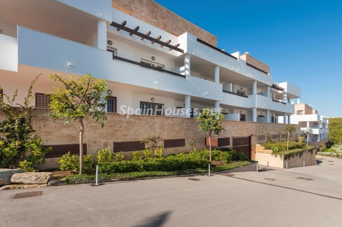 5. Apartment for sale in Alcaidesa - Spectacular Apartment for Sale in Alcaidesa,  Cádiz