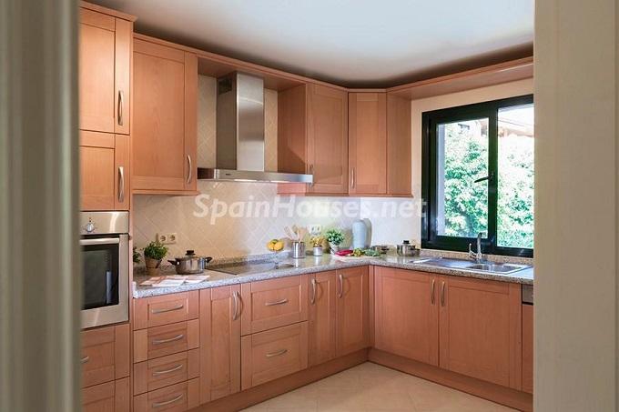 5. Apartment for sale in Benahavís Málaga - Superb Apartment for Sale in Benahavís, Costa del Sol, Málaga