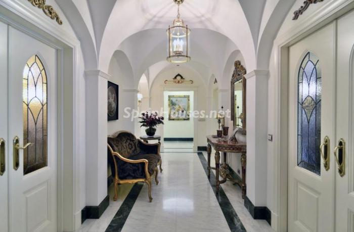 5. Apartment for sale in Salamanca - Luxurious Apartment for Sale in Madrid City