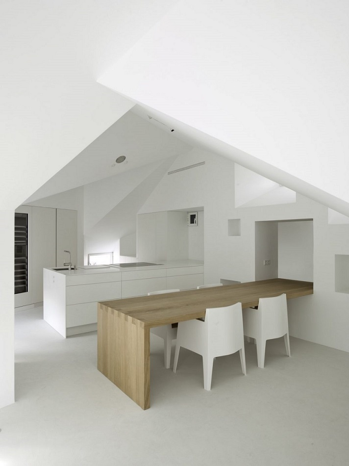 5. Apartment in Madrid by Abaton Architects - Modern Penthouse Apartment in Madrid by Abaton Architects