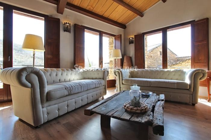 5. Detached house for sale in Huesca