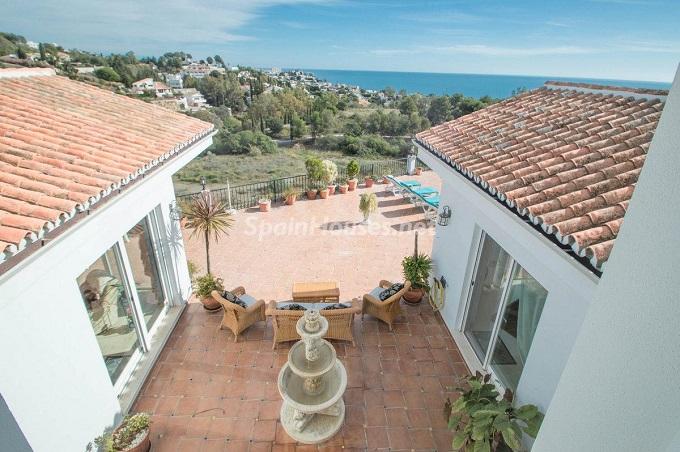 5. Detached villa for sale in Benalmádena Costa Málaga - Bright Detached Villa for Sale in Benalmádena Costa (Málaga)