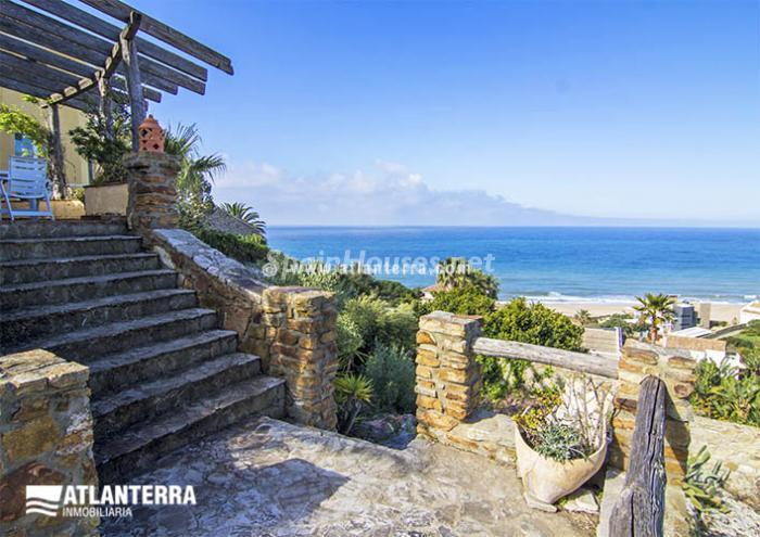 5. Detached villa for sale in Zahara de los Atunes (Cádiz)