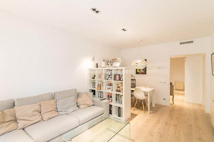 5. Flat for sale in Barcelona - For Sale: 3 Bedroom Apartment in Barcelona City