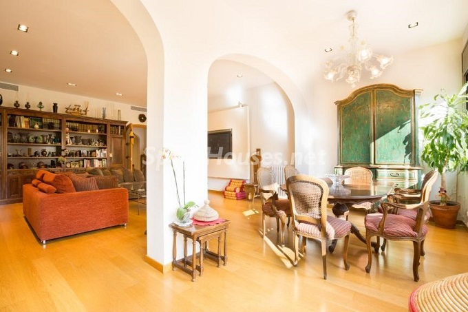 5. Home in Gràcia Barcelona - For Sale: Terraced house in the heart of Barcelona city