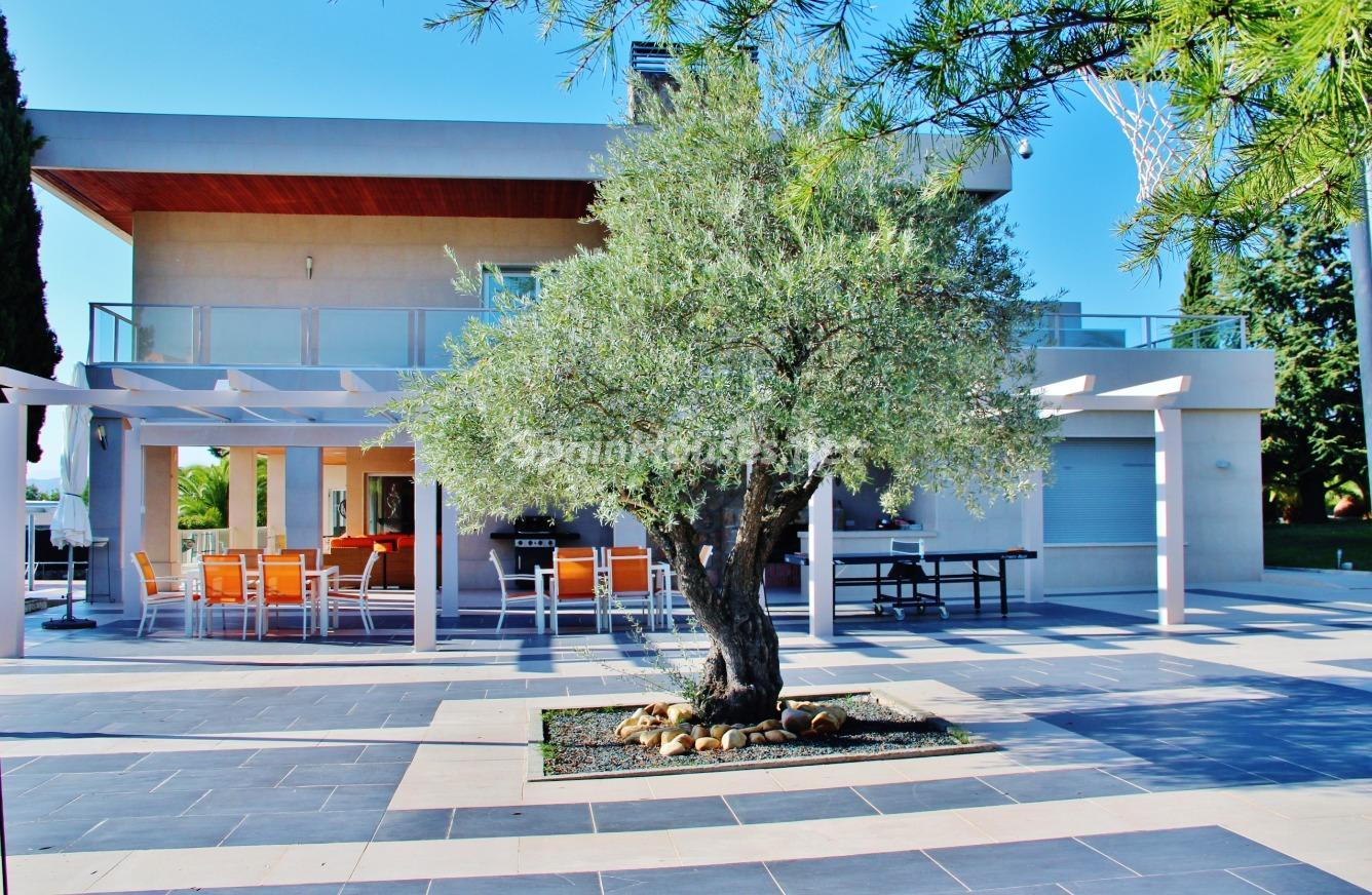 5. House for sale in Las Rozas de Madrid Madrid 1 - Exclusive 7 Bedroom Villa for Sale in Las Rozas de Madrid