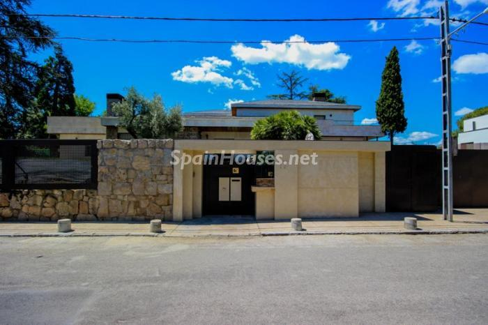 5. House for sale in Madrid3 - On the Market: Outstanding House in Madrid City