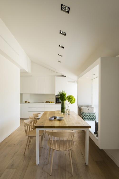 5. House in Barcelona by Susanna Cots e1448441078359 - Maison de Vacances, Barcelona, by Susanna Cots Interior Design