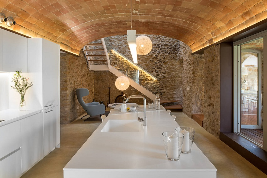 5. House restoration in Girona - Stunning country house renovation by architect Gloria Duran
