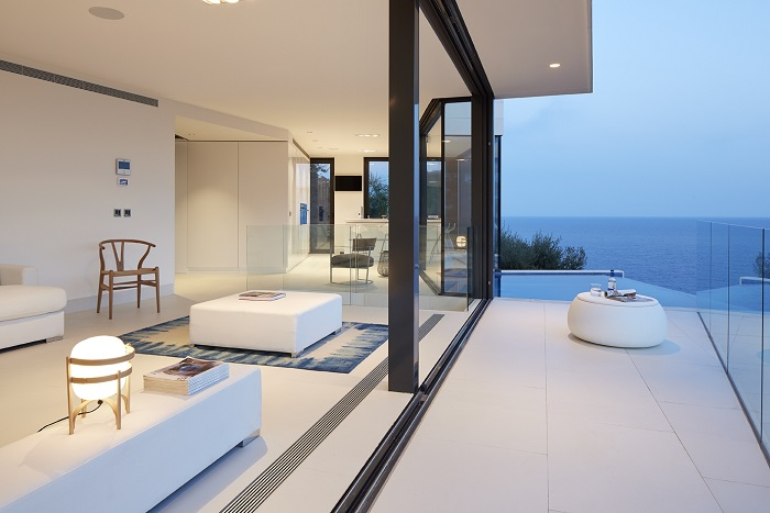 5. Seaside residence in Girona