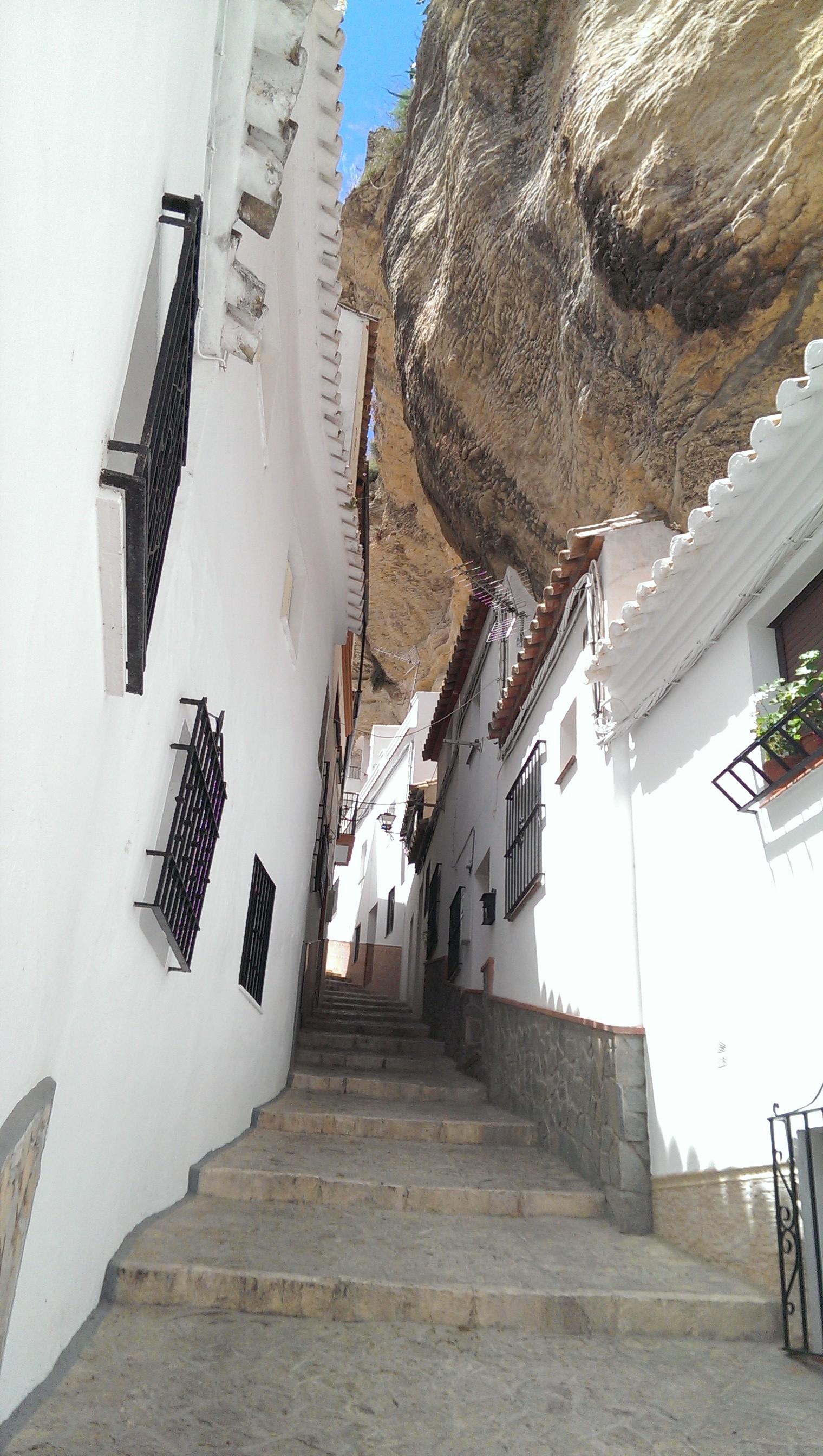 5. Setenil de las Bodegas - Living Under a Rock: Setenil de las Bodegas, Cádiz