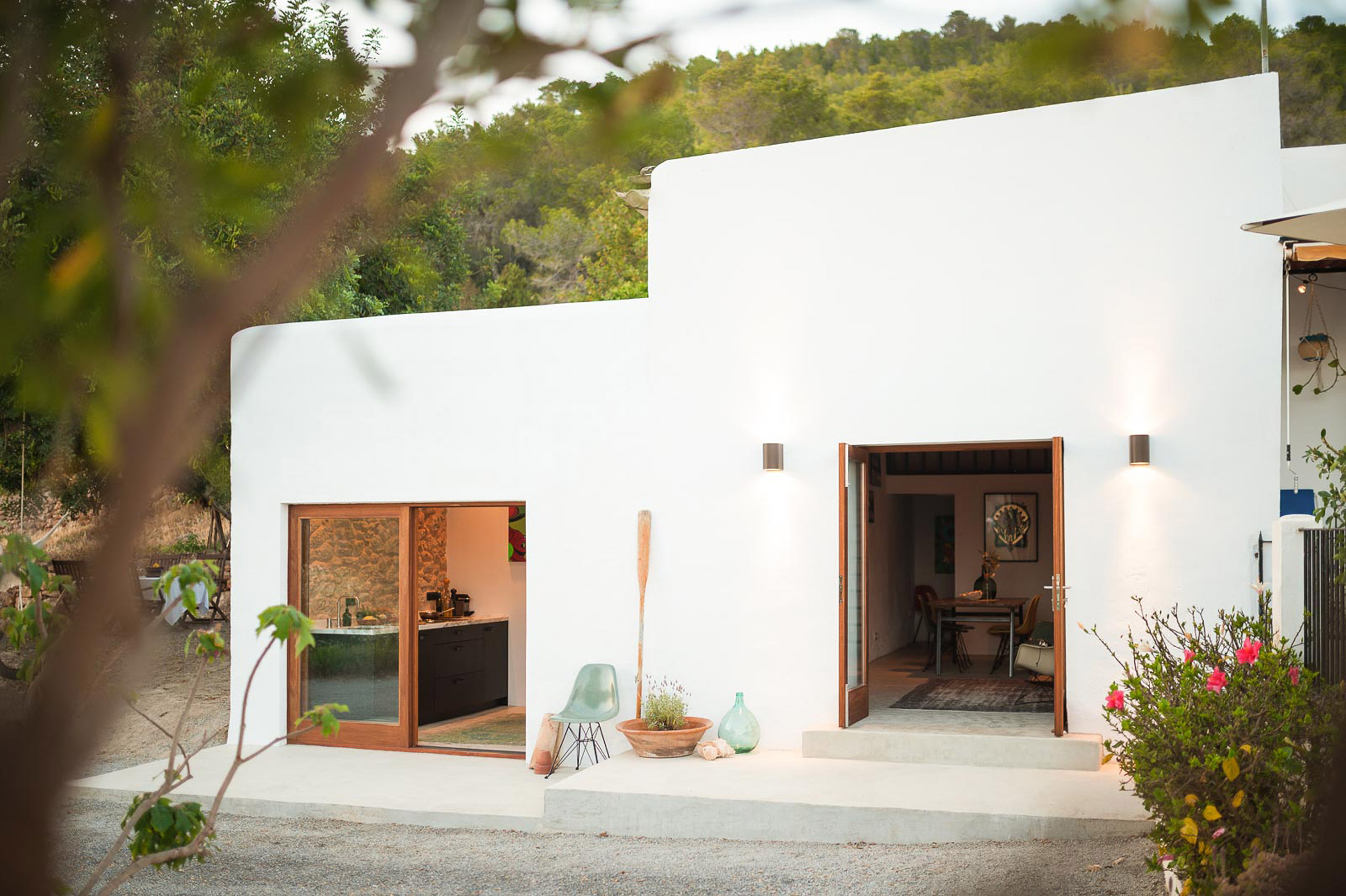 5. Transformation from stable to guesthouse in Ibiza by Standard Studio - Transformation from stable to guesthouse in Ibiza by Standard Studio