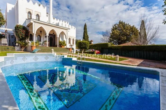 5. Villa for sale in Castilleja de la Cuesta (Seville)