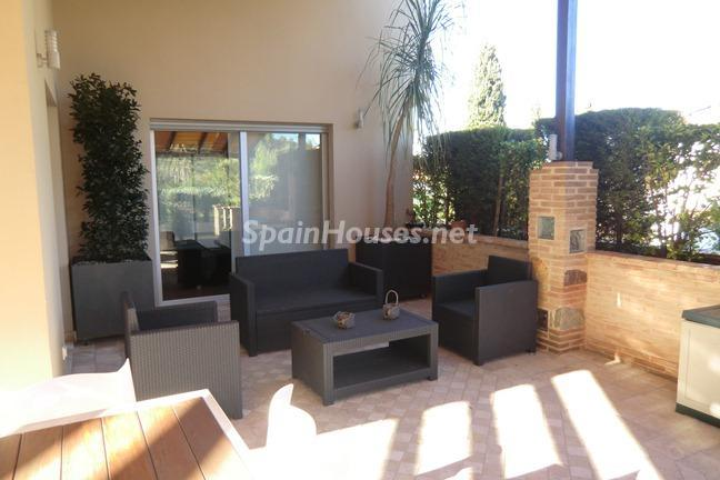 5. Villa for sale in Dénia - Fantastic Detached Villa for Sale in Dénia, Alicante