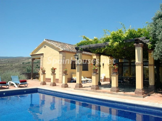 5. Villa for sale in Lecrín Granada - For Sale: Country Villa in Lecrín, Granada
