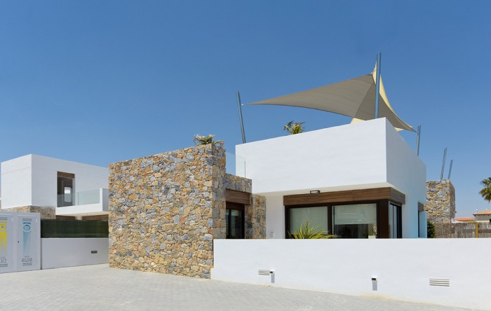 5. Villa for sale in Orihuela Costa (Alicante)