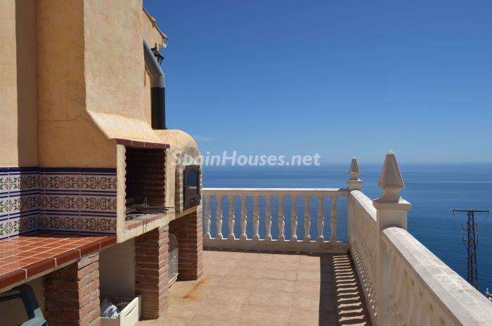 5. Villa for sale in Salobreña - Beautiful Villa with Unbeatable Views for Sale in Salobreña (Granada)