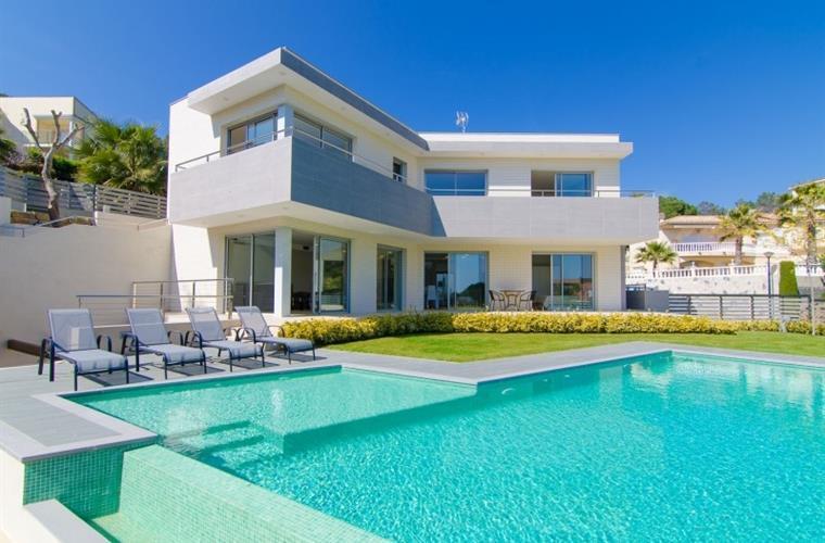 50804 2926266 foto108177794 - 9 luxury houses on the Costa Brava