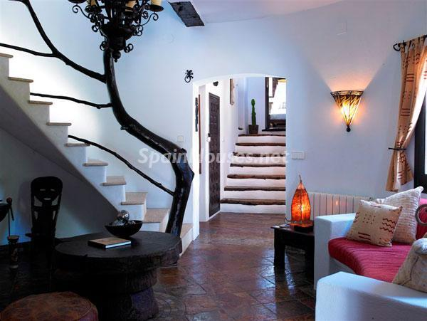 521 - Beautiful Villa for Sale in Ibiza, Balearic Islands