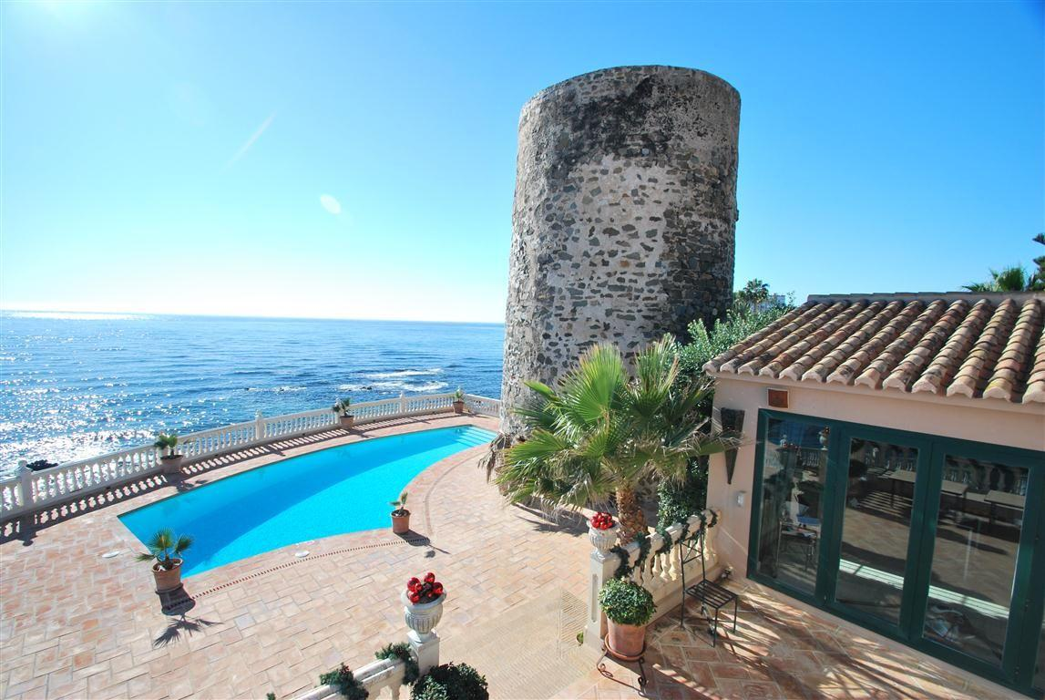 5304138 2215604 foto 237102 - Panoramic views in a villa built next to a historic tower. Find out the elegance of Mijas, Málaga