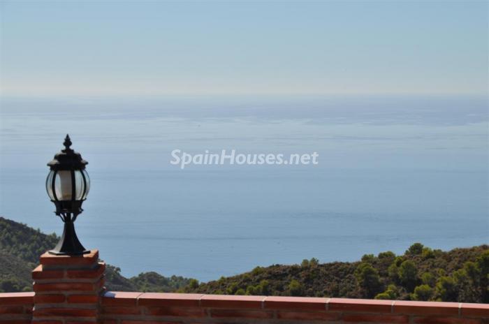 552 - Holiday rental detached villa in Nerja (Málaga)