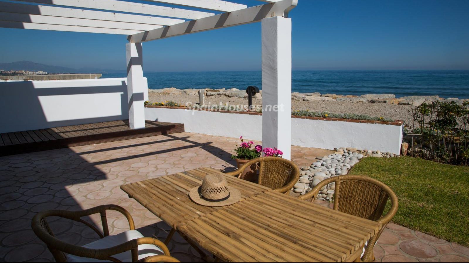55495 1943993 foto 295266 e1500304841840 - Find your dream home in Spain: these ones are close to the beach!