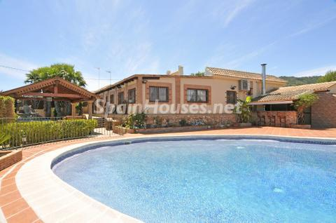 556 - Beautiful Villa for Sale in La Manga del Mar Menor (Murcia)