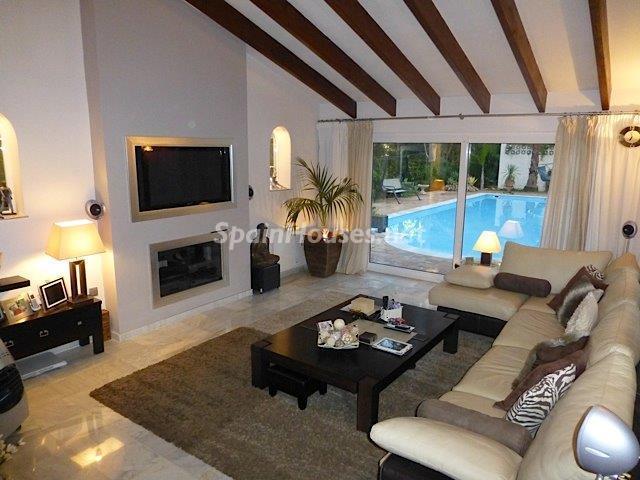 557 - Charming Villa for Sale in Mijas, Costa del Sol