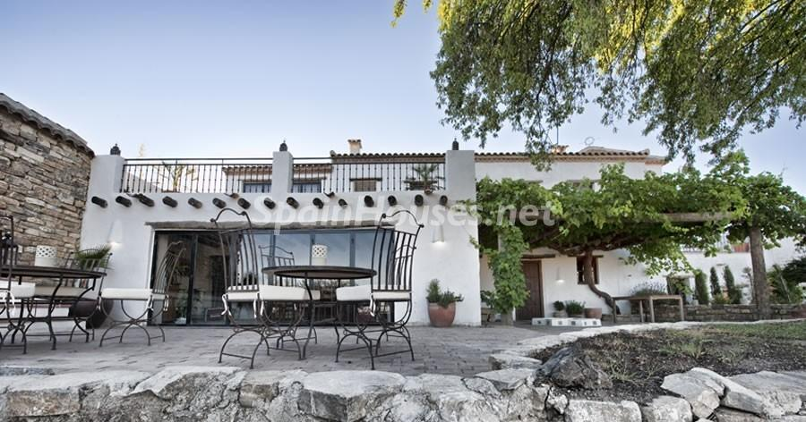 56052389 1865385 foto 049118 - Looking for a tranquil life in the country? Don't miss these gorgeous Andalusian estates