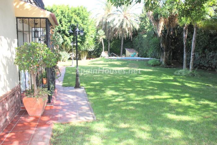 562 - Fantastic Villa For Sale in Torremolinos, Málaga