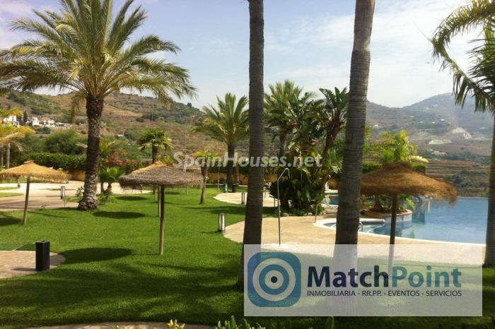 566 - Terraced chalet for sale in Almuñécar (Granada)