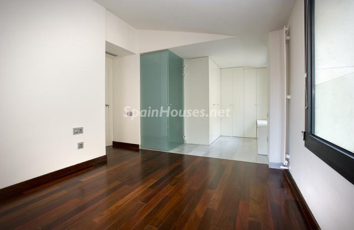 56602 658716 foto 10 - Reduced Super Apartment in Valencia