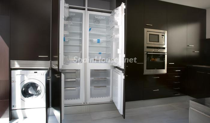 56602 658716 foto 6 - Reduced Super Apartment in Valencia