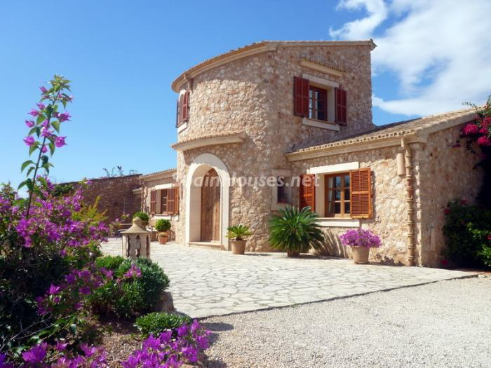 56785 1081030 foto 1 - Splendid Country Style House for Sale in Santanyí, Balearic Islands
