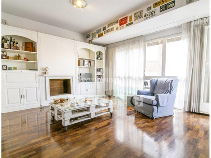 Apartment for sale in Barcelona